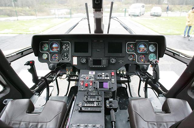 ansat-vip-rvs-inetrior-pilot-cabin-ladis