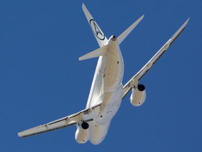 Во второй день МАКС соглашения с ГТЛК и ГСС подписали «Бурятские авиалинии», «Оренбуржье», «Тувинские авиалинии»,  Red Wings и Air Armenia