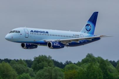 """Первый самолет Superjet 100 для авиакомпании """"Алроса"""""""