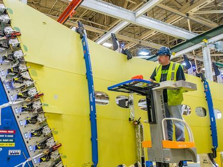 Началась сборка первого ремоторизованного самолета Boeing 737MAX