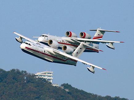 самолет-амфибия Бе-200,