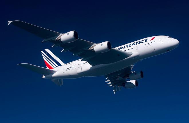 Самолет Airbus A380 авиакомпании Air France