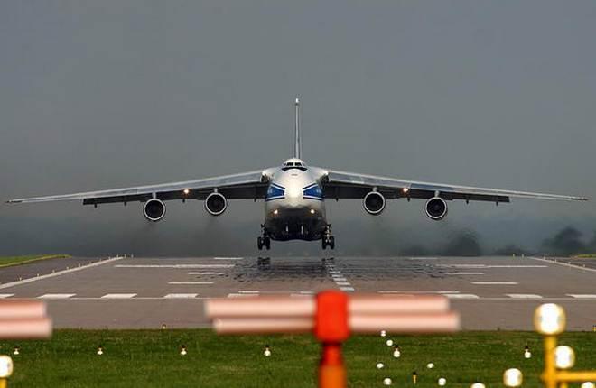 """самолет Ан-124 авиакомпании """"Волга-Днепр"""""""