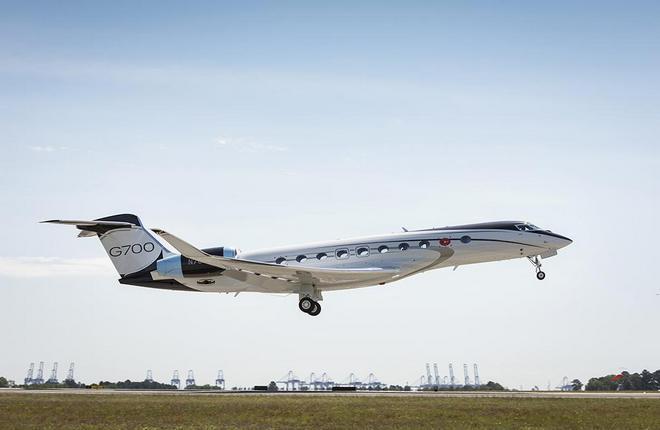 самолет Gulfstream G700 первый полет