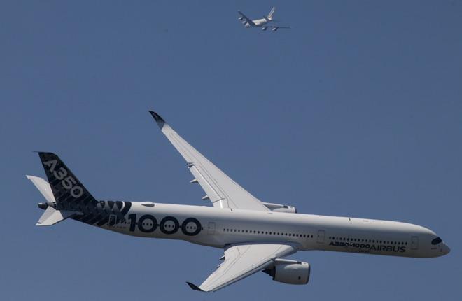 Дальность полета самолета Airbus A350-1000 возросла  до 15557 км :: Леонид Фаерберг / Transport-Photo.com