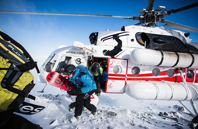 """Услугами камчатского вертолетного оператора """"Витязь-Аэро"""", одного из героев АТО № 191, ежегодно пользуются около 7 тыс. туристов :: """"Витязь-Аэро"""""""