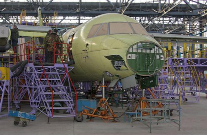 """ГП """"Антонов"""" и компания """"АэроКЗ"""" начнут совместно выпускать Ан-140-100"""