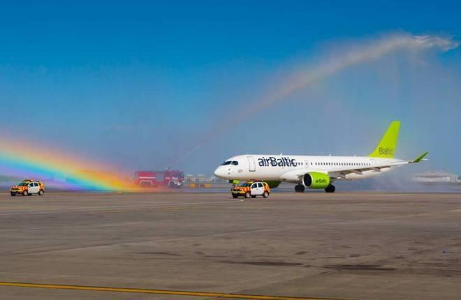 Латвийская airBaltic нарастила пассажиропоток в Эстонии и Литве
