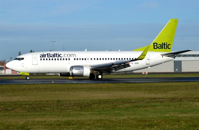 Boeing 737-300 airBaltic