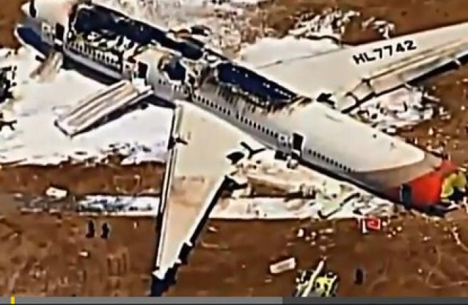 Самолет Boeing 777 авиакомпании Asiana Airlines разбился в Сан-Франциско