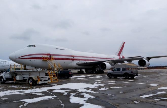 Самолет Boeing 747-222B
