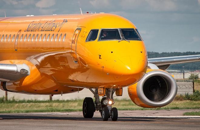 """Embraer E195 """"Саратовских авиалиний"""""""