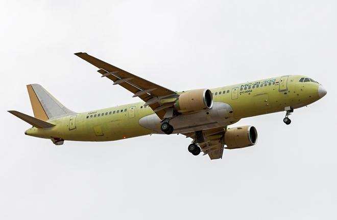 Второй летный прототип самолета МС-21-300 совершил первый полет