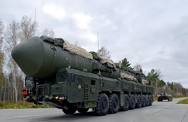 Один из уникальных компонентов ядерной триады России — подвижные грунтовые ракетные комплексы :: Минобороны России