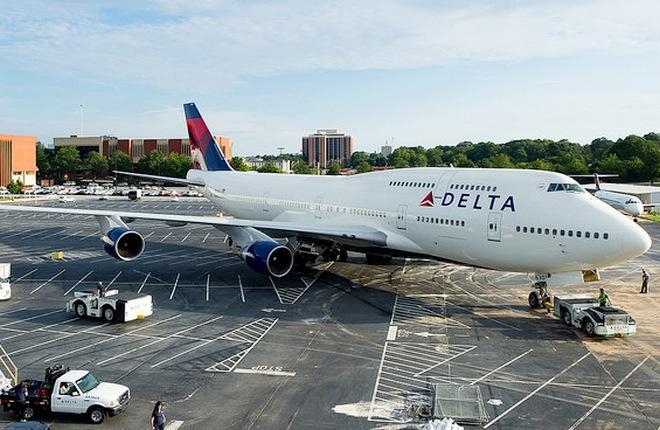 Крупнейшие авиакомпании США до конца года выведут из парков Boeing 747