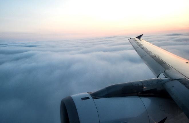 Самолет в полете