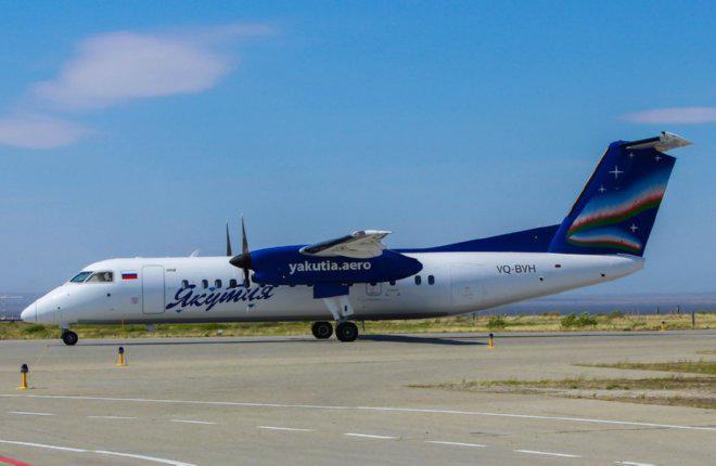 Авиакомпания «Якутия» получила третий самолет Q300