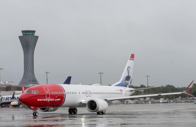 Самолет Boeing 737MAX авиакомпании Norwegian