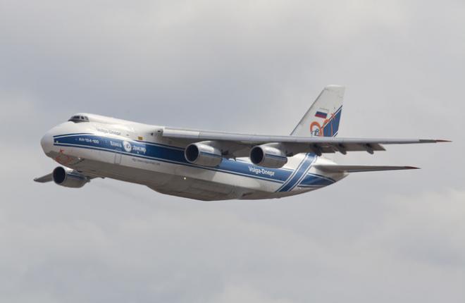 "Ан-124-100 ""Волга-Днепр"""