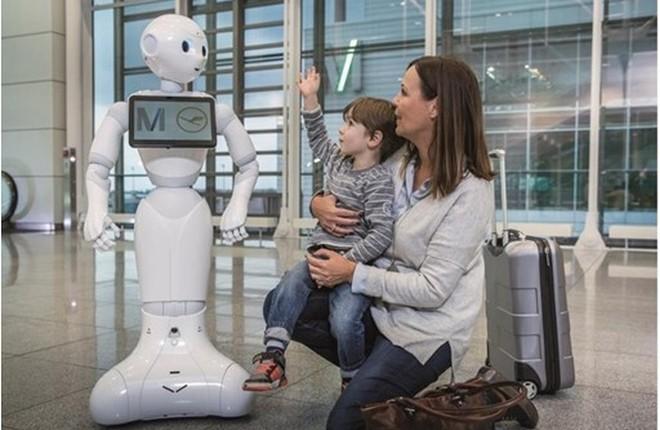 Робот в аэропорту Мюнхена
