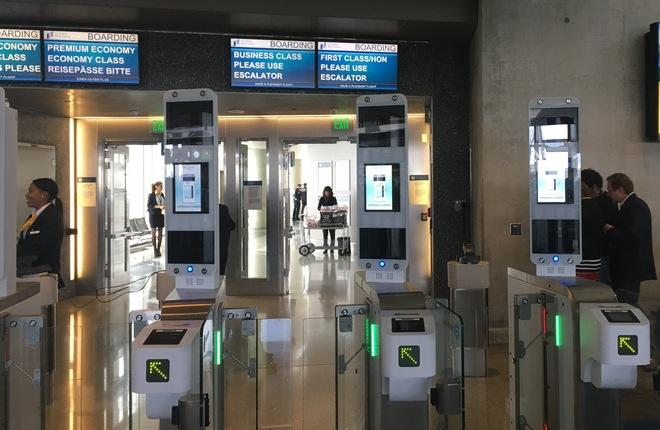 Биометрические технологии в аэропорту Лос-Анджелеса