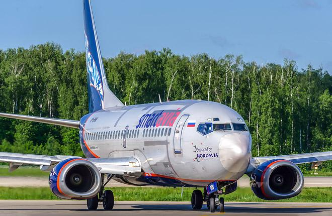 Самолет Boeing 737-500 авиакомпании Smartavia