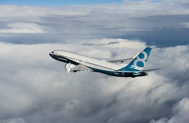 самолет 737MAX-8