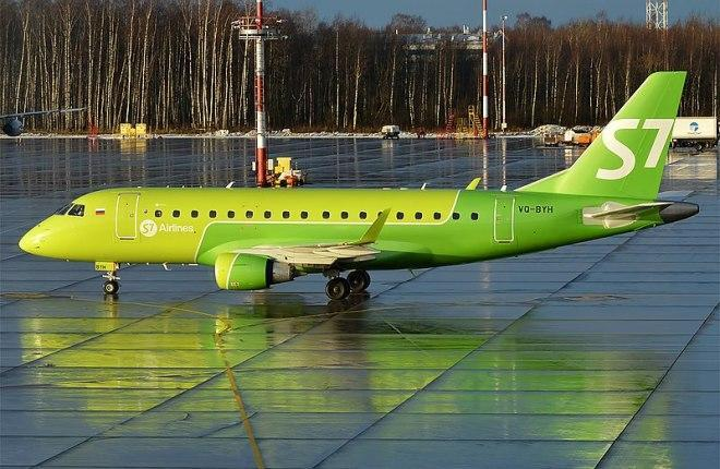 Самолет Embraer E170 S7