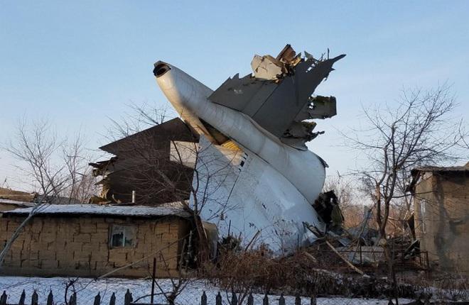 Пилоты разбившегося под Бишкеком Boeing 747F опоздали с уходом на второй круг