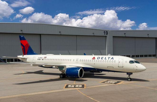 Airbus A220, собранный в США, в цветах Delta Air Lines