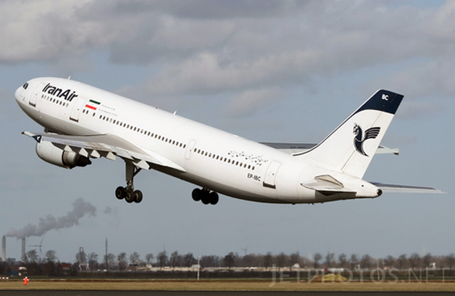 США разрешили продажу Ирану самолетов Airbus и Boeing