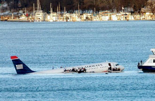 После того как на взлете самолета A320 авиакомпании US Airways из-за попадания в