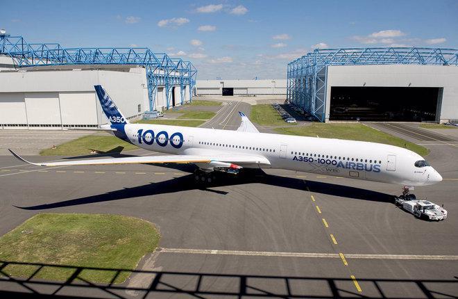 Первый прототип A350-1000 получил фирменную ливрею Airbus