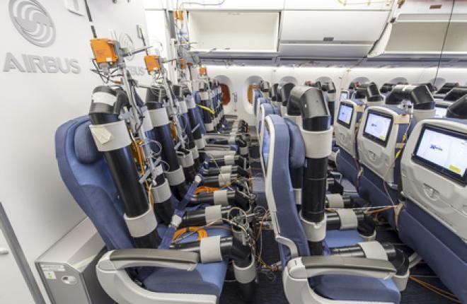 Экономкласс самолета Airbus A350XWB имеет в ряду 9 кресел шириной 18 дюймов :: Airbus