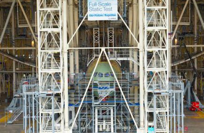 Проведены прочностные испытания крыла самолета А350XWB