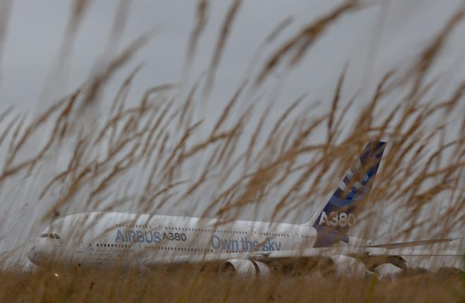 Airbus увеличит вместимость самолетов A380 на 14 кресел