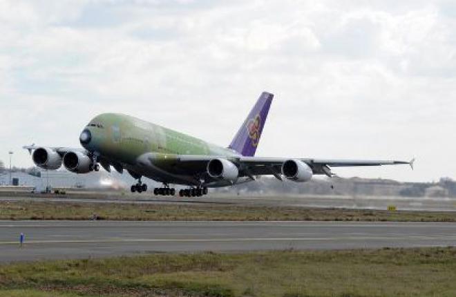 Первый Airbus A380 будет поставлен авиакомпании Thai Airways в августе 2012 г.