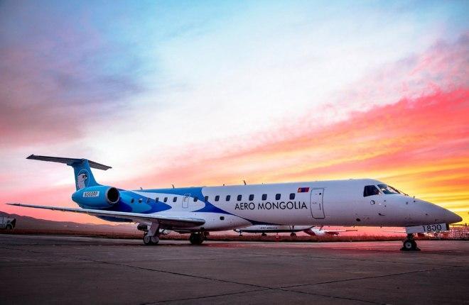 Заинтересованная в SSJ 100 авиакомпания Aero Mongolia получила первый самолет ERJ145