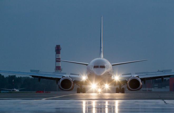 Самолет Boeing 737