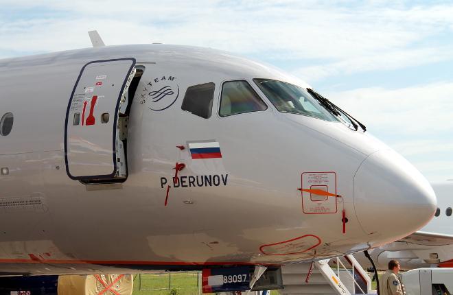 Самолет SSJ 100 RA-89097