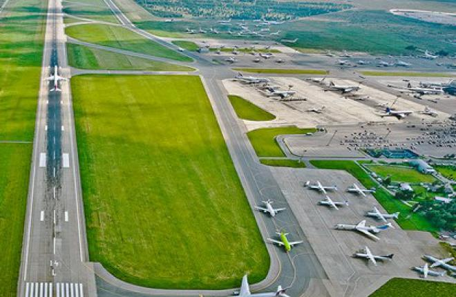 """Авиакомпания """"Трансаэро"""" вновь названа самой пунктуальной в Домодедово"""