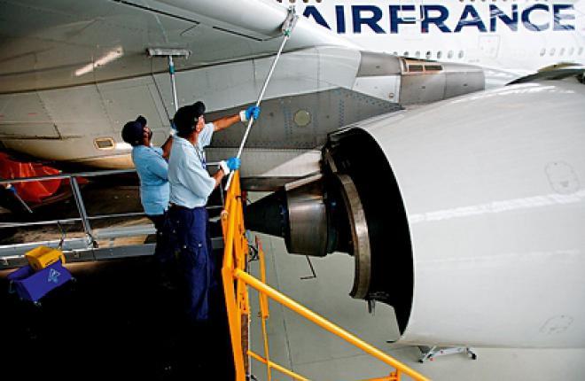 Программа Ecoshine позволяет тратить на мытье самолета всего 8 кубометров воды