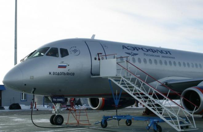 """Первый самолет Sukhoi Superjet 100 для авиакомпании """"Аэрофлот"""" вылетел в Москву"""
