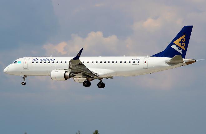 Самолет Embraer E190 авиакомпании Air Astana