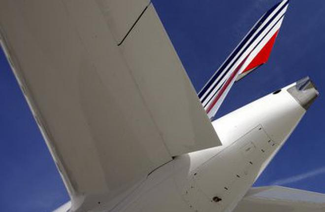 Чистый убыток Air France — KLM по итогам 9-ти месяцев 2012 г. -- 957 млн евро