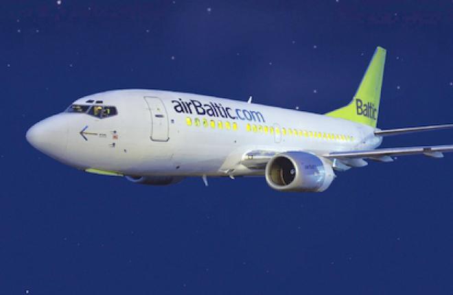 Латвийская авиакомпания airBaltic  будет чаще летать в Амстердам и Брюссель