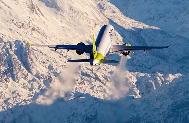 самолет A220-300 авиакомпании airBaltic