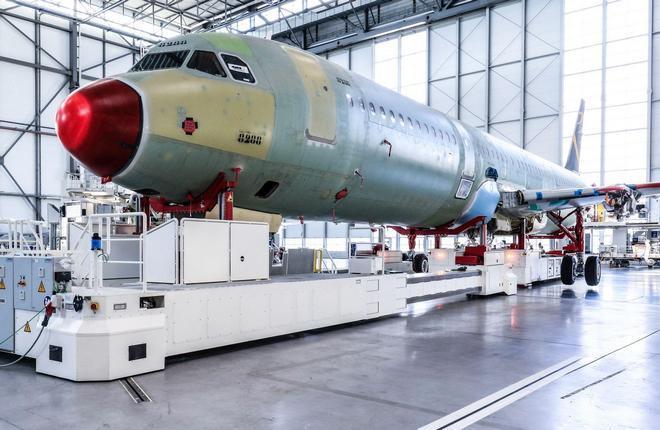 линия окончательной сборки Airbus в Гамбурге