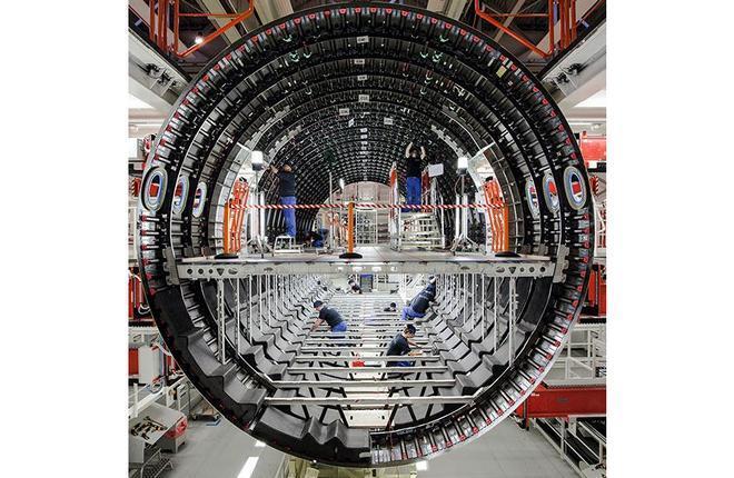 сборка самолета Airbus Premium Aerotec