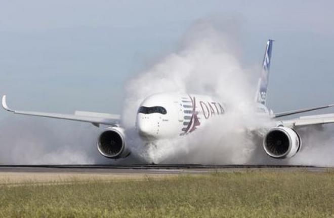 A350 XWB показал себя на мокрой полосе